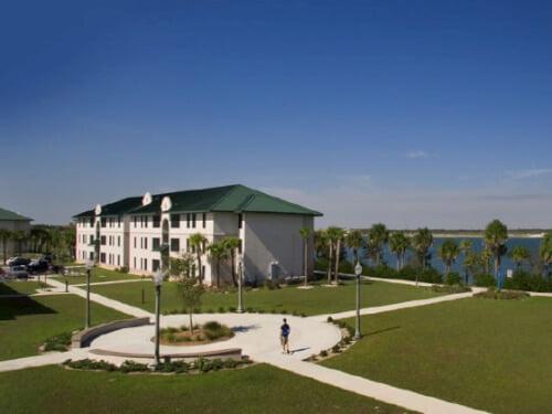 Florida Gulf Coast University Best Value online paralegal programs