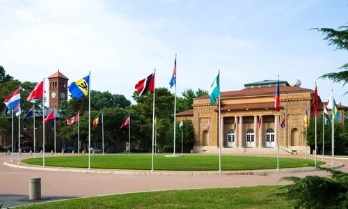 Hampton University Best Value online paralegal programs