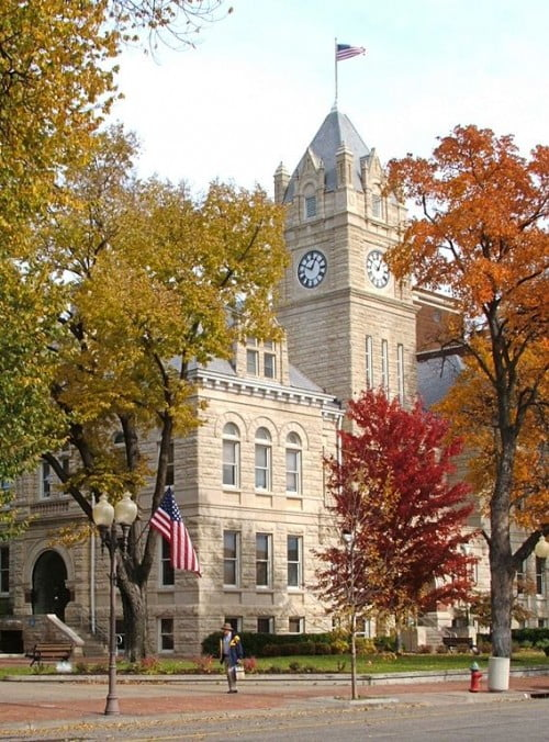 50 best small college towns in america college values online for Manhattan motors manhattan ks