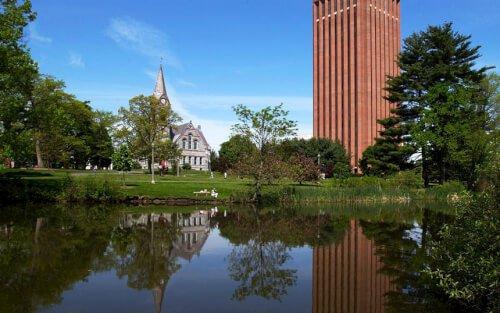 University of Massachusetts Amherst bachelor of finance online