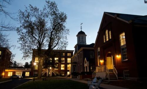 University of New England accelerated online master of social work