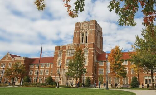 University at Tennessee at Knoxville accelerated online master of social work