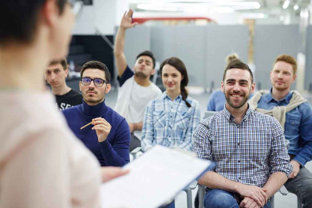 Top 10 Questions to Ask When Choosing A Business Degree Program
